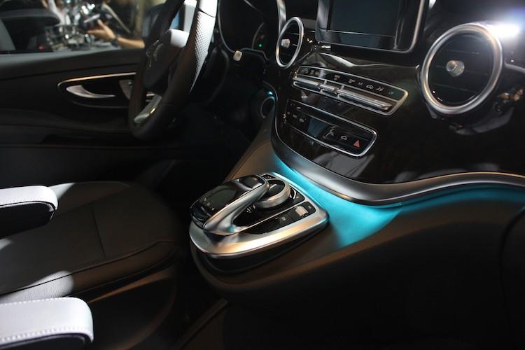 Ngam xe VAN Mercedes V220 CDI gia 2,5 ty tai Ha Noi-Hinh-9