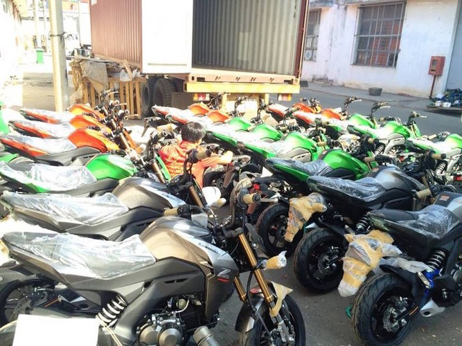 "Kawasaki Z125 ""do bo"" Viet Nam canh tranh Honda MSX-Hinh-2"