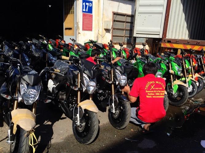 """Kawasaki Z125 """"do bo"""" Viet Nam canh tranh Honda MSX"""