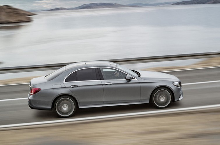 Mercedes E-Class the he 2016 sap ra mat co gi hay?-Hinh-11
