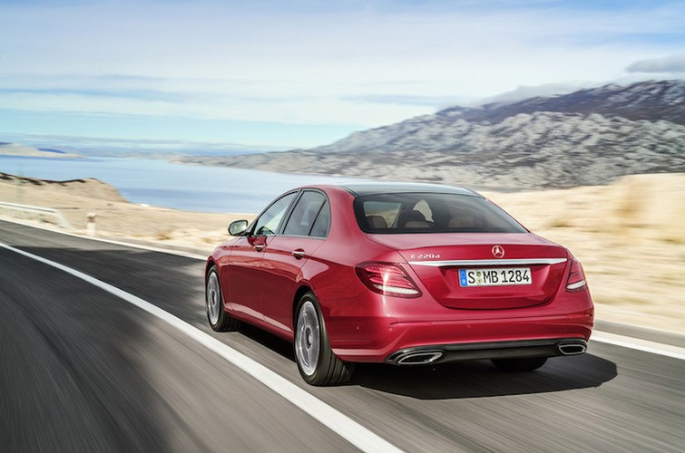 Mercedes E-Class the he 2016 sap ra mat co gi hay?-Hinh-9