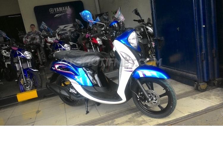 Yamaha ra mat xe tay ga Fino Blue Core gia 25 trieu-Hinh-11