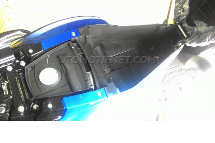 Yamaha ra mat xe tay ga Fino Blue Core gia 25 trieu-Hinh-8
