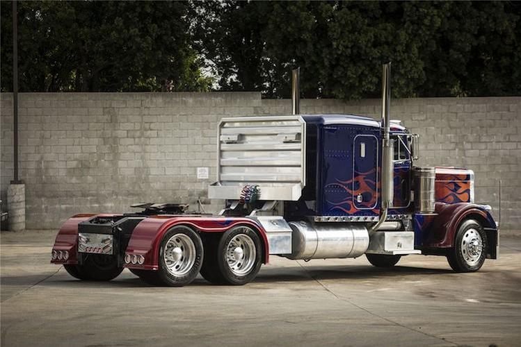 "Can canh ""sieu xe dau keo"" Optimus trong Transformers-Hinh-6"