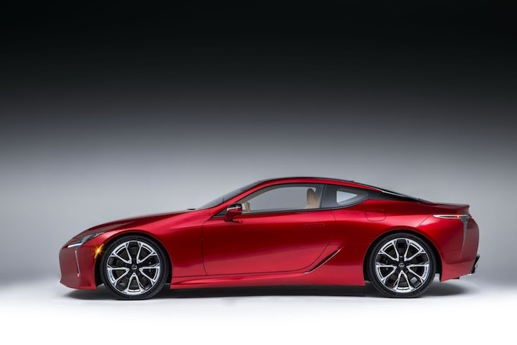 Can canh coupe hang sang Lexus LC500 phien ban 2016-Hinh-3