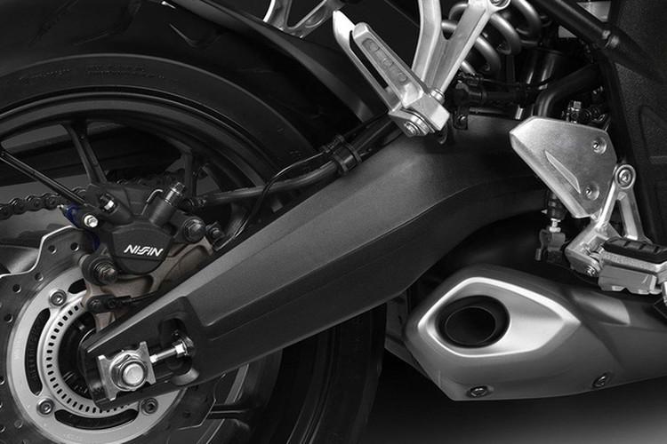 "Honda ""trinh lang"" cap doi moto CBR650F va CB650F 2017-Hinh-10"