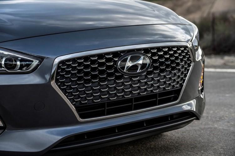 "Hyundai Elantra GT 2018 ""chot gia"" tu 465 trieu dong-Hinh-3"