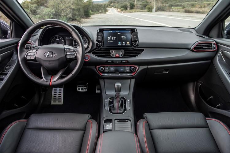 "Hyundai Elantra GT 2018 ""chot gia"" tu 465 trieu dong-Hinh-6"