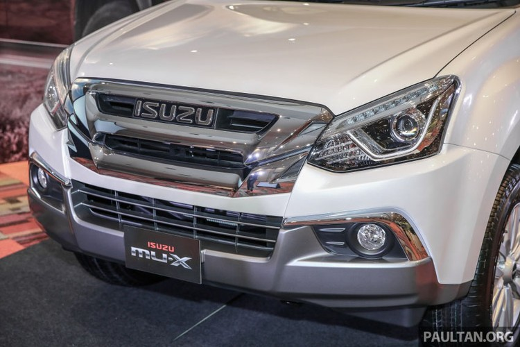 "Isuzu Mu –X, ""doi thu"" Toyota Fortuner them ban nang cap-Hinh-4"