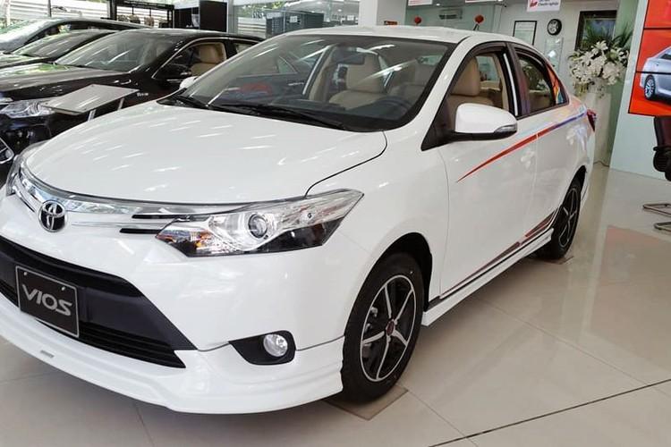 "Soi ""Xe hop"" Toyota Vios Sports Edition 2017 gia 452 trieu-Hinh-2"