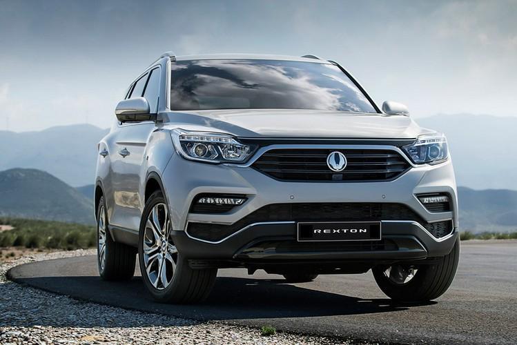"SsangYong Rexton 2018 sap ve Viet Nam ""dau"" Toyota Fortuner-Hinh-3"