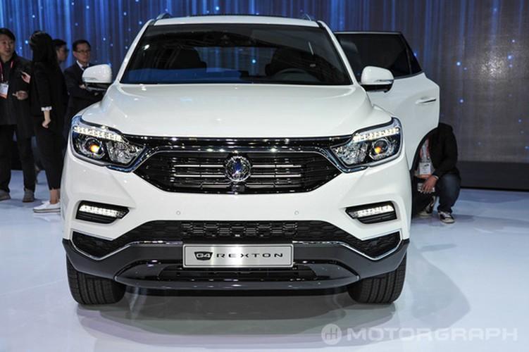 "SsangYong Rexton 2018 sap ve Viet Nam ""dau"" Toyota Fortuner-Hinh-4"