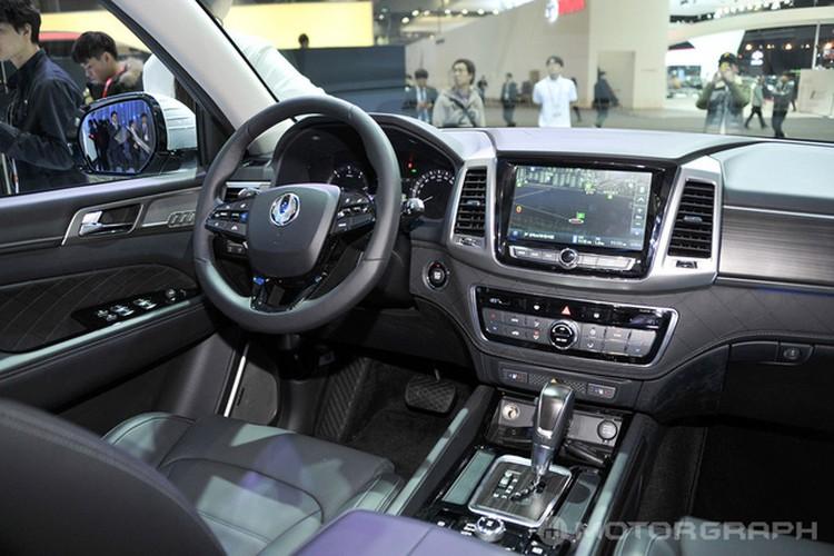 "SsangYong Rexton 2018 sap ve Viet Nam ""dau"" Toyota Fortuner-Hinh-7"