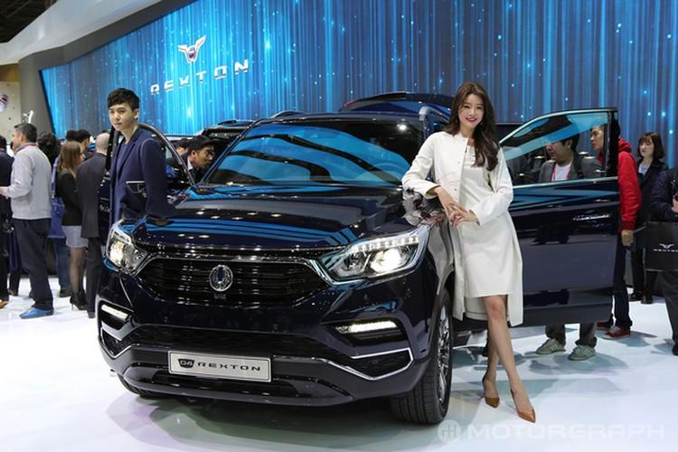 "SsangYong Rexton 2018 sap ve Viet Nam ""dau"" Toyota Fortuner"