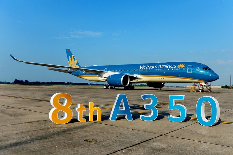 Can canh sieu may bay A350-900 thu 8 cua Vietnam Airlines