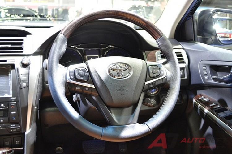 Toyota Camry 2017 nang cap tai Thai Lan gia 956 trieu-Hinh-8