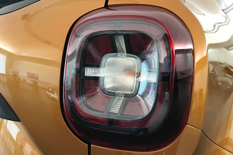 """Soi """"anh song"""" xe oto gia re Renault Duster 2018-Hinh-6"""