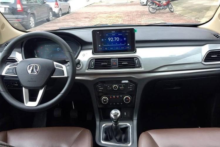 """""""Xe Tau"""" BAIC F5 gia 548 trieu dau Toyota Innova tai VN-Hinh-7"""