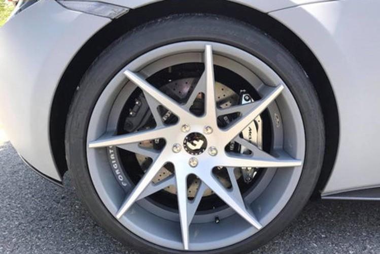 "Bao Tay ""choang"" voi McLaren va Lamborghini do khung tai VN-Hinh-4"