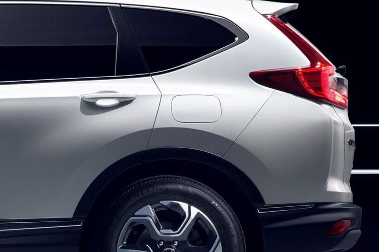 "Honda ""nha hang"" xe oto CR-V hybrid phien ban 2018-Hinh-5"
