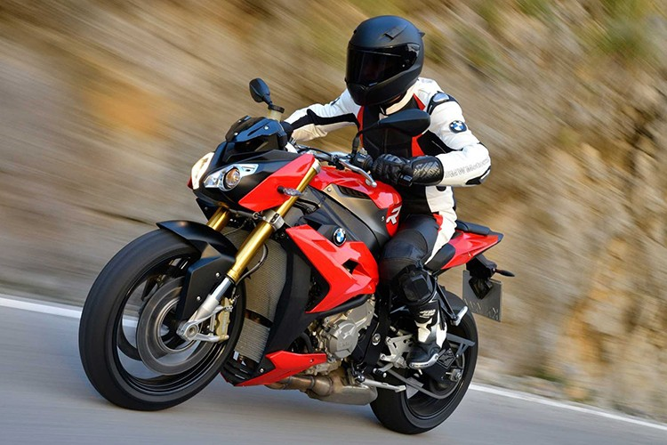 Top xe moto naked-bike dang mua nhat nam 2017-Hinh-12