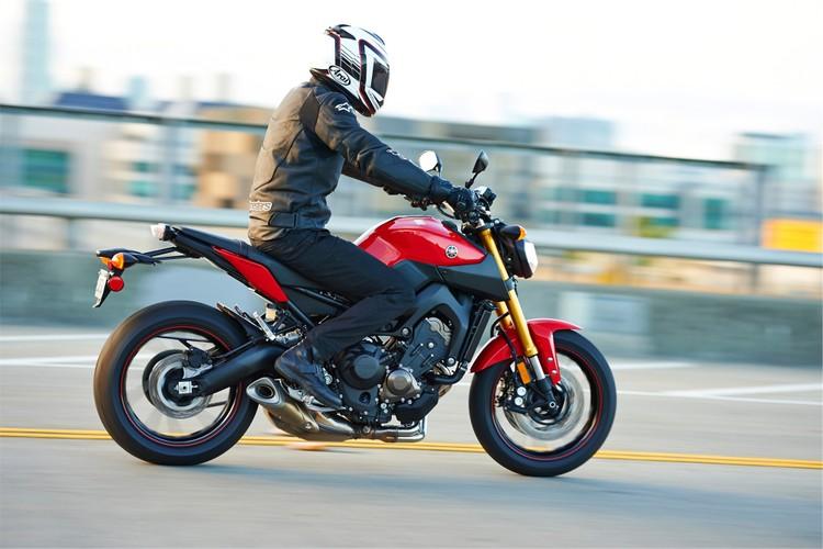 Top xe moto naked-bike dang mua nhat nam 2017