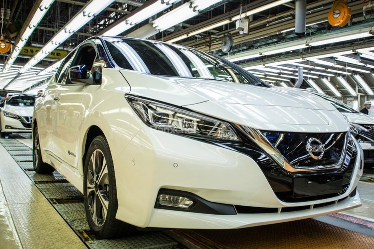 "Nissan Leaf 2018 gia 680 trieu dong co gi ""hot""?-Hinh-9"