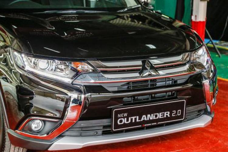 """Xe Mitsubishi Outlander moi """"chot gia"""" tu 758 trieu dong-Hinh-2"""