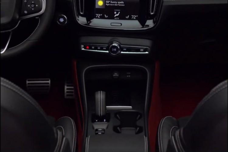 "Volvo XC40 2018 lo ""anh nong"" truoc ngay ra mat-Hinh-5"