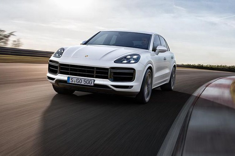 Porsche Cayenne Turbo 2018 gia 8,9 ty ve Viet Nam co gi?