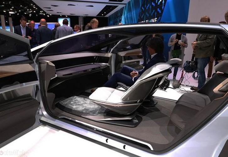 Sieu xe oto dien Audi Aicon tu lai 100% lo dien-Hinh-5