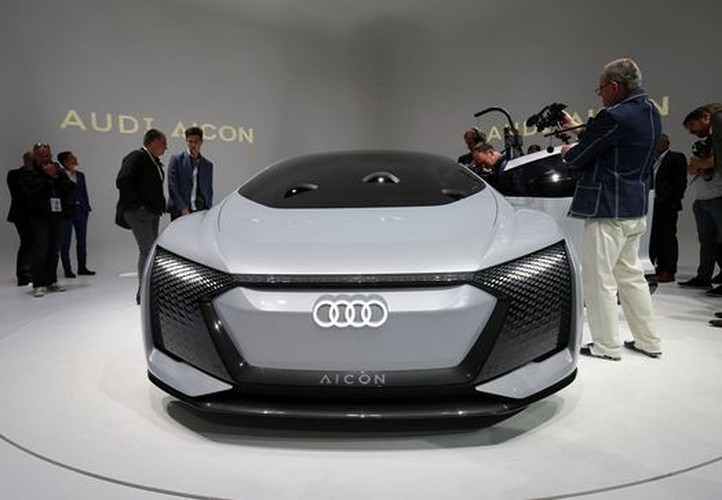 Sieu xe oto dien Audi Aicon tu lai 100% lo dien-Hinh-6