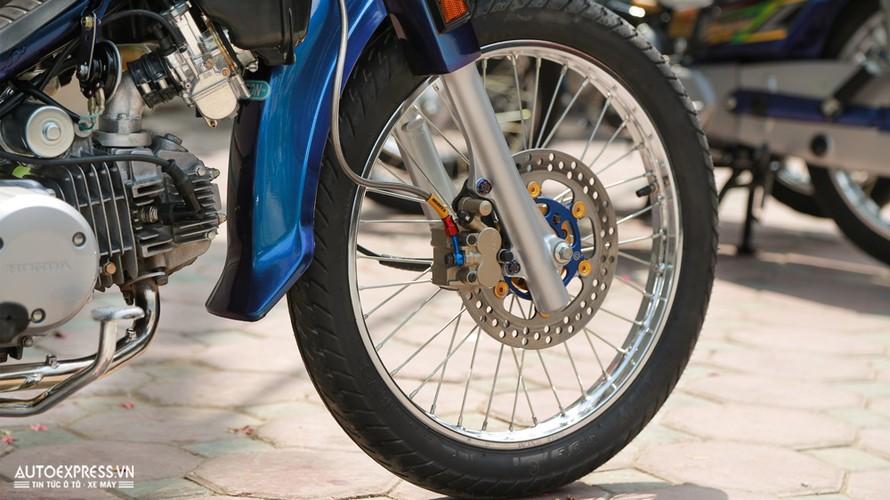 Dan choi Ha Noi do Honda Dream Thai 50 trieu dong-Hinh-5