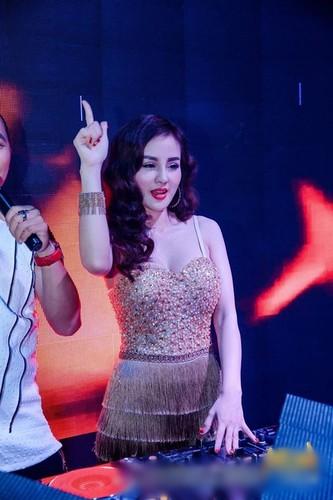 "Doi thuc cua gai tre boc lua tam cho ""dai gia chan dat"" Quang Teo-Hinh-4"