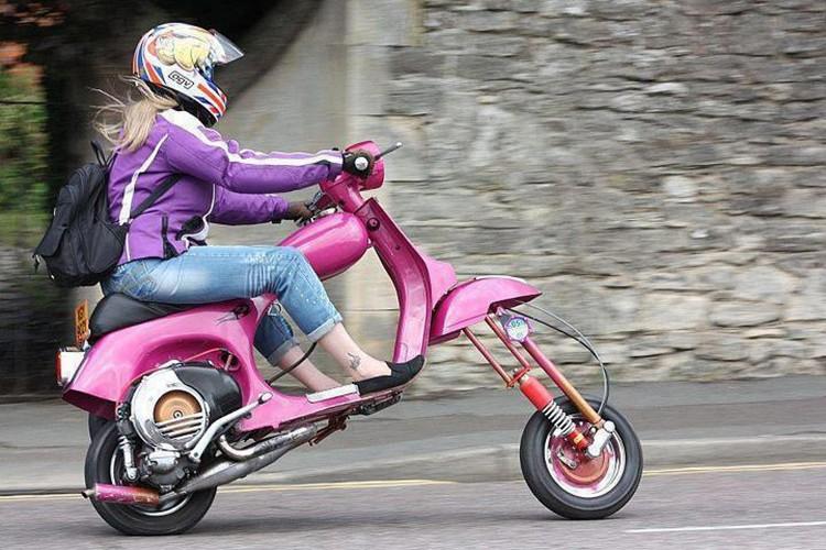 """""""Te ngua"""" voi loat thiet ke moto phong cach Vespa-Hinh-3"""