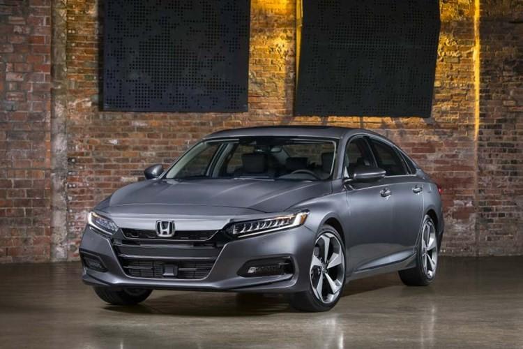"Honda Accord 2018 gia 535 trieu ""dau"" Toyota Camry-Hinh-3"