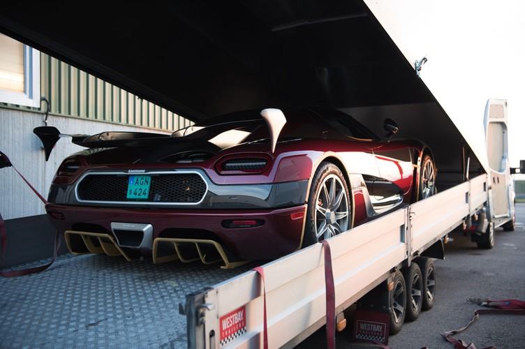 "Sieu xe Koenigsegg Agera RS cho Bugatti Chiron ""ngui khoi""-Hinh-5"