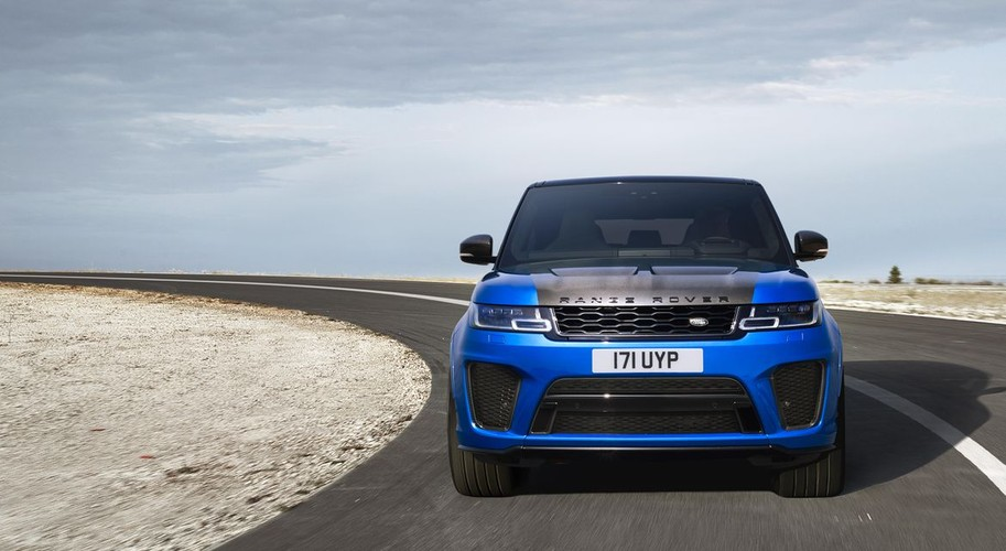 Can canh Range Rover Sport SVR 2018 gia 3 ty dong-Hinh-3