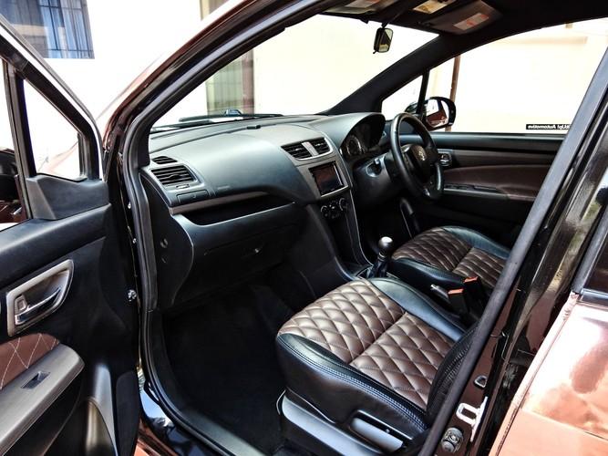"""""""Xe co"""" Suzuki Ertiga len doi sieu xe sang Rolls-Royce-Hinh-6"""