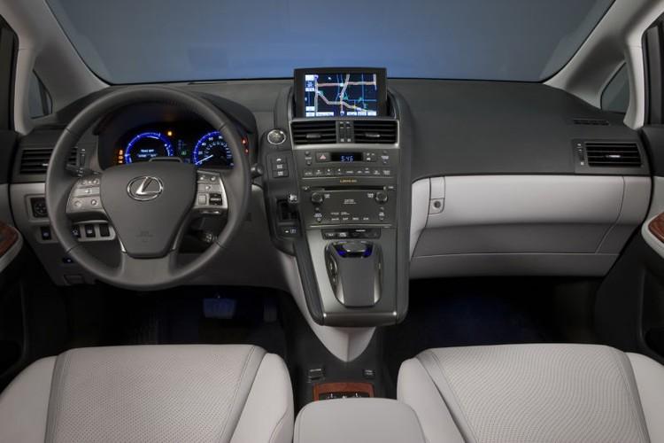 """Gan 20 nghin xe sang Lexus HS250h """"dinh loi"""" dien-Hinh-4"""