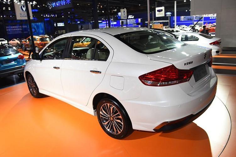"Suzuki ra mat sedan ""sieu re"" Ciaz moi gia 324 trieu-Hinh-10"