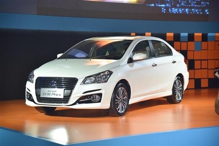 "Suzuki ra mat sedan ""sieu re"" Ciaz moi gia 324 trieu-Hinh-5"
