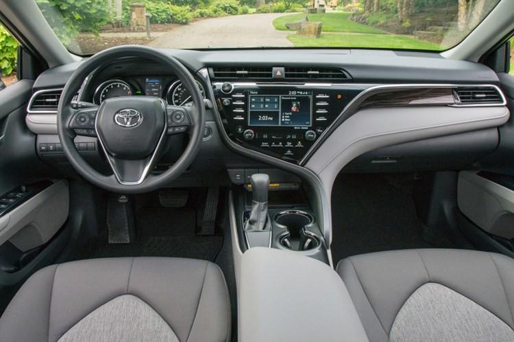 Top xe oto sedan co noi that dep nhat nam 2017-Hinh-17
