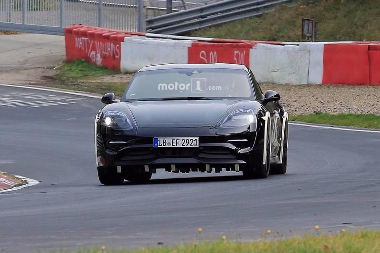"Lo dien sieu xe dien Porsche Mission E ""dau"" Tesla-Hinh-7"