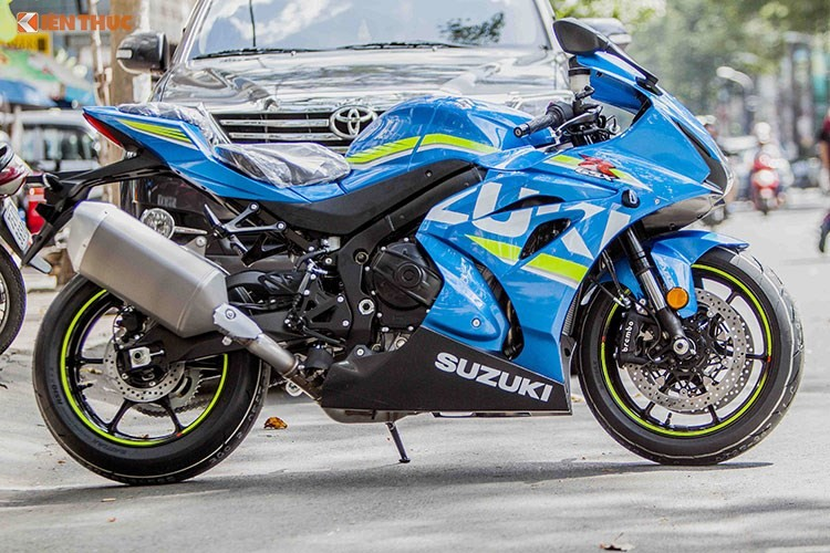 Diem mat nhung mau xe moto tot nhat nam 2017-Hinh-18