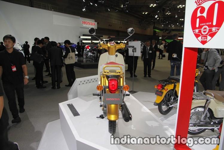 Can canh xe may Honda Super Cub 2018 moi-Hinh-14