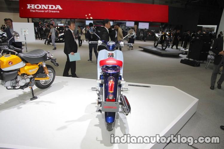 Can canh xe may Honda Super Cub 2018 moi-Hinh-7
