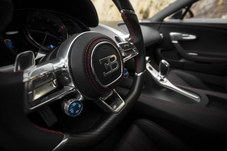 """Sieu xe Bugatti Chiron cu """"thet gia"""" 4 trieu do la-Hinh-8"""