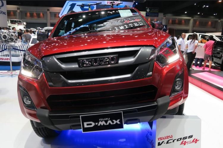 Isuzu nang cap D-Max V-Cross 2017