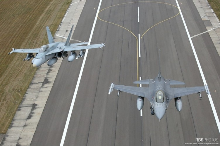 Can canh tiem kich NATO tuan tieu sat nach Nga-Hinh-6